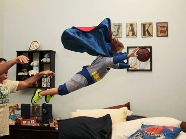мальчик в костюме бэтмена
