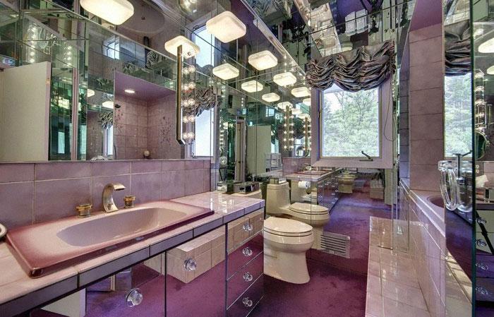 зеркальный туалет