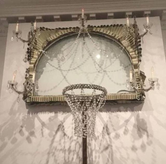 странное кольцо для баскетбола