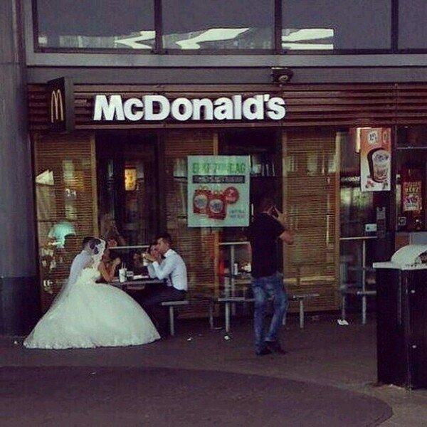 невеста в макдональдсе