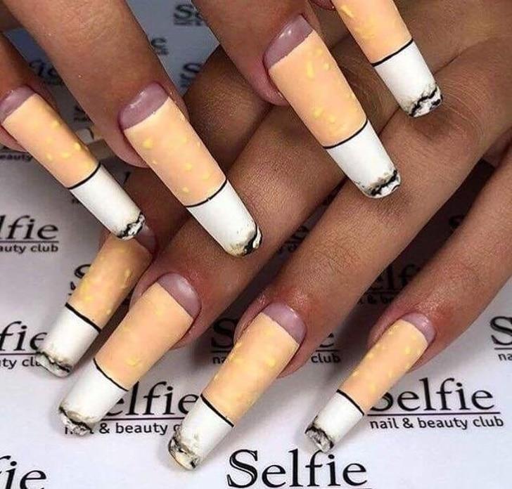 ногти с сигаретными окурками