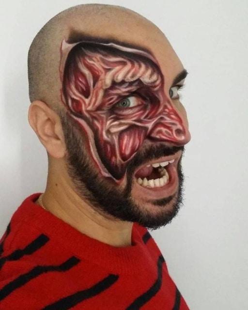 необычная фотоиллюзия на лице