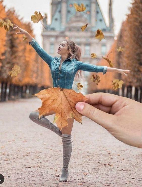 девушка и листья
