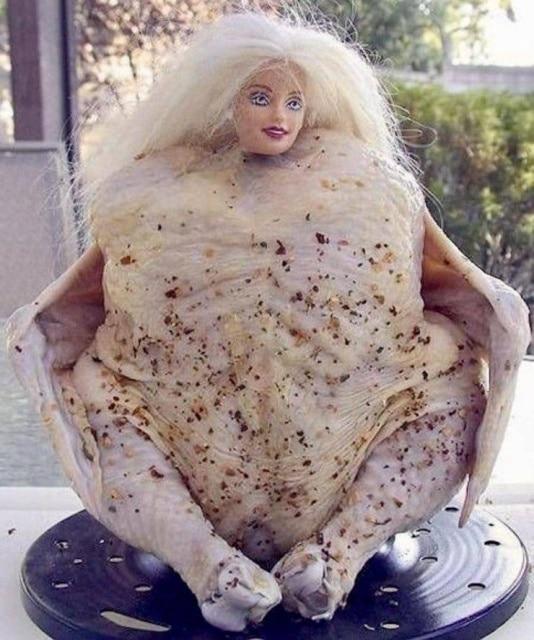 курица с головой барби