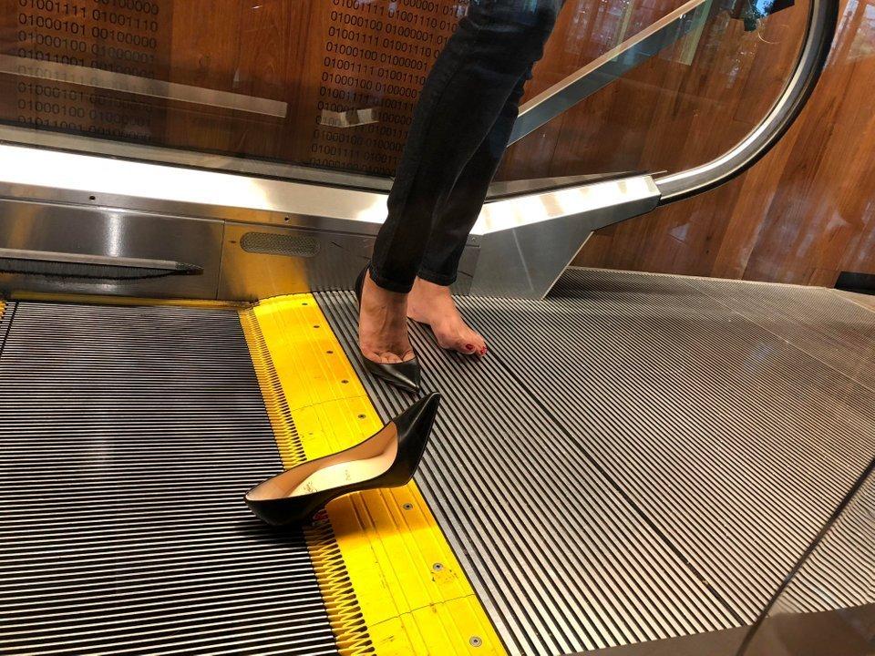 сломанный туфель