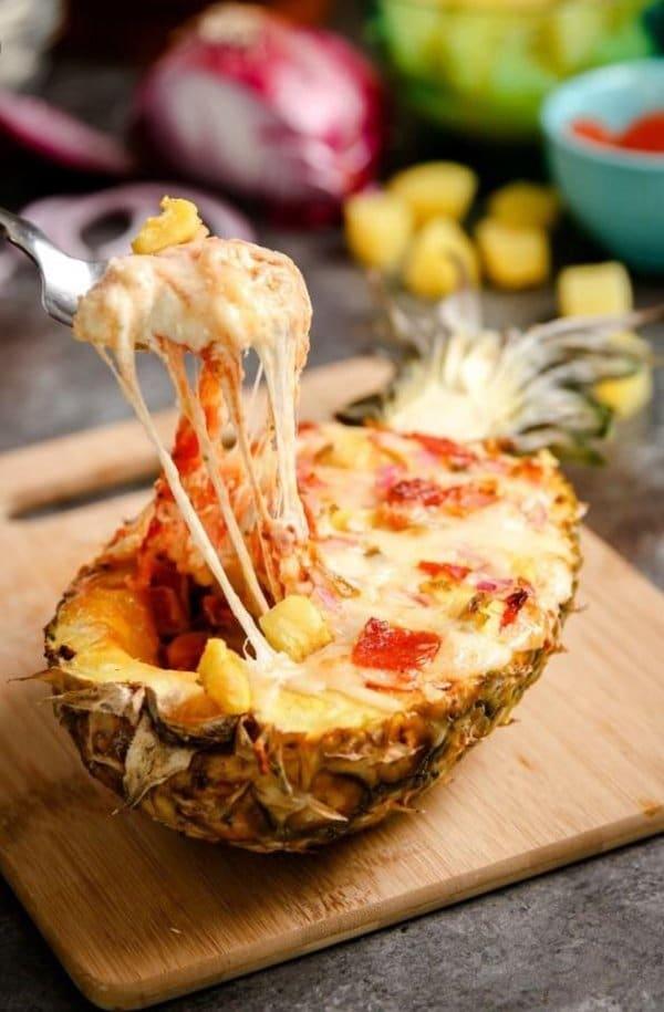 пицца в ананасе