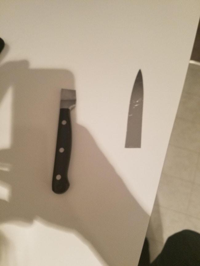 нож сломался