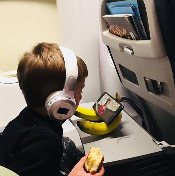 бананы и телефон