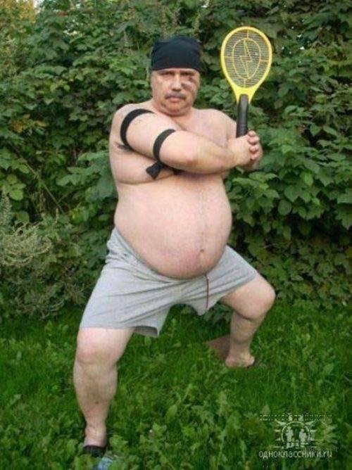 мужчина с ракеткой