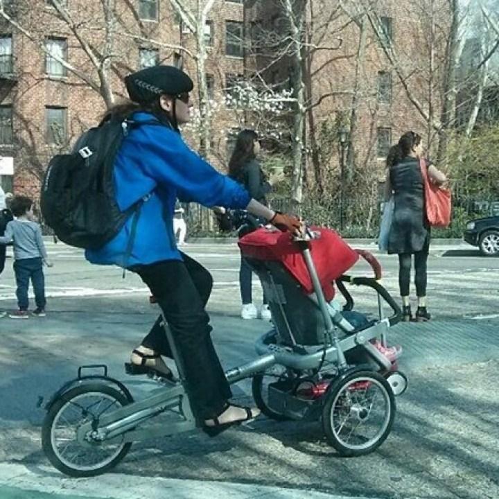 велосипед-коляска для мам