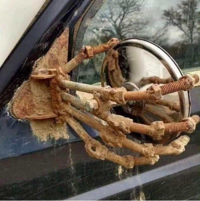 зеркало в авто