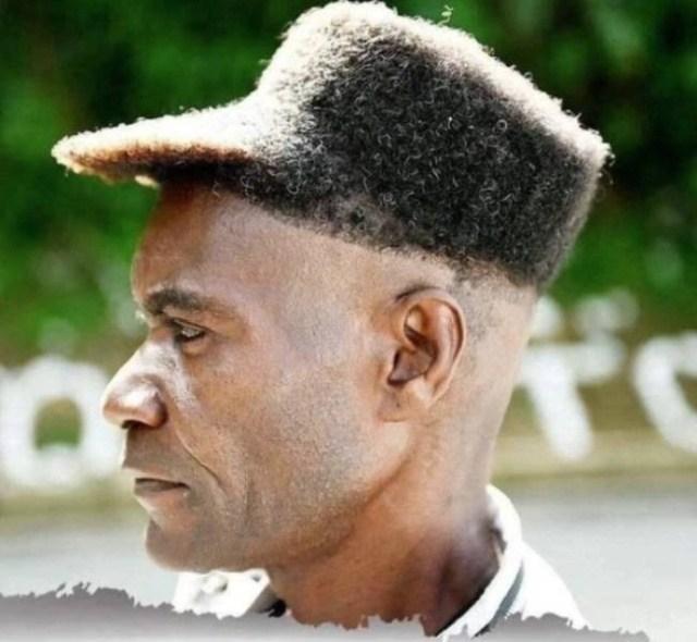 парень с кепкой из волос