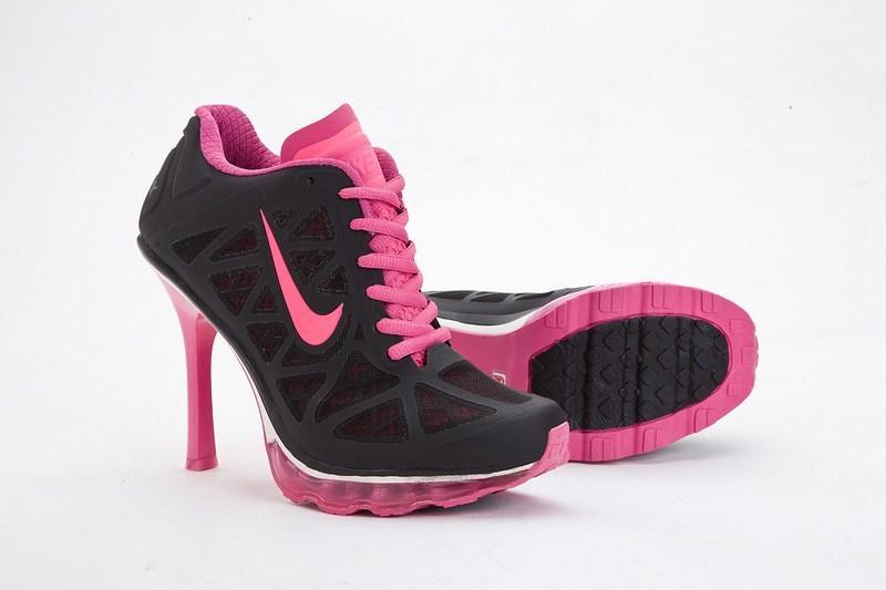 кроссовки Nike на каблуках