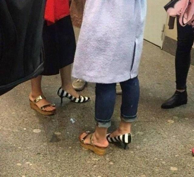 девушки с разной обувью