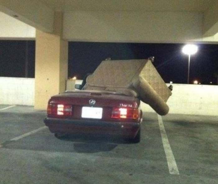 диван на машине