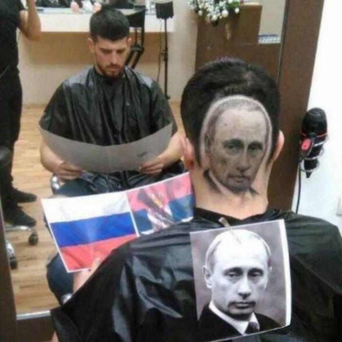парень с портретом путина на затылке