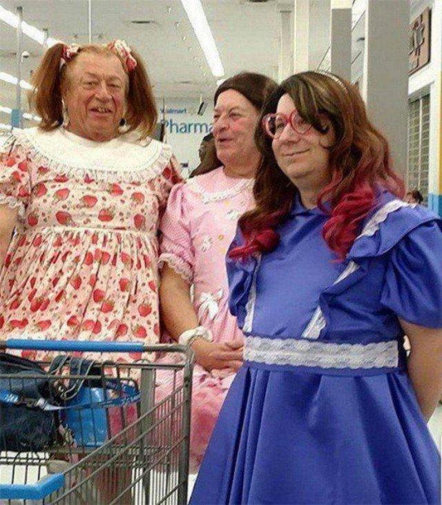 мужчины в женских платьях