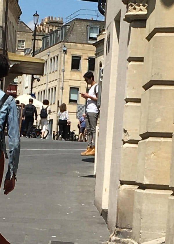 мужчина на улице