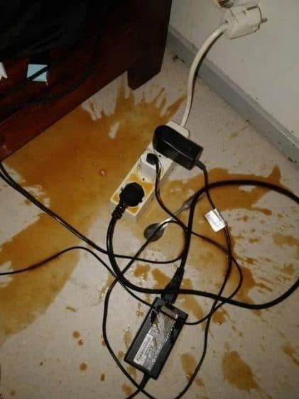 кофе на полу