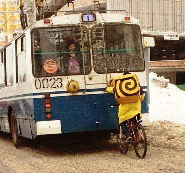 Нежданности, какие смогут подкарауливать вас в общественном транспорте (24 фото)