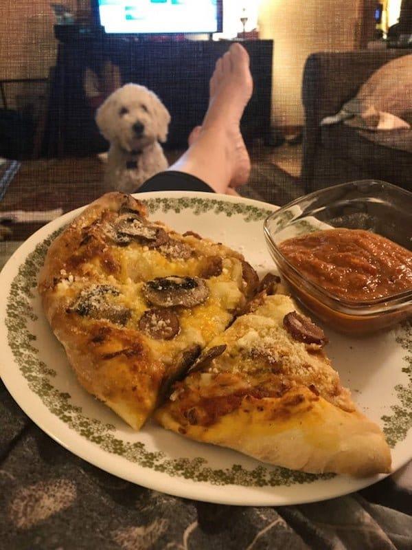 пес и еда