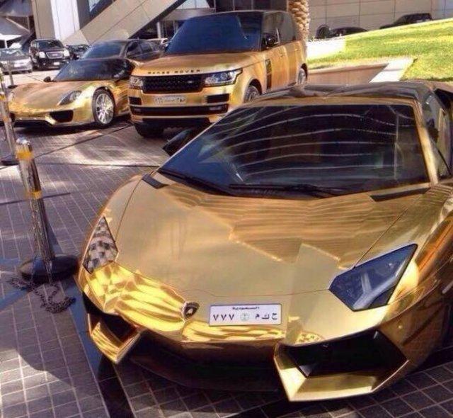 авто из золота