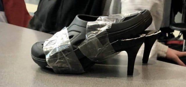 черные шлепанцы на каблуках
