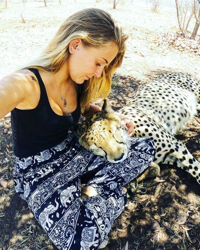 gepardami-provodit-vremya-krasivye-fotografii-neobychnye-fotografii