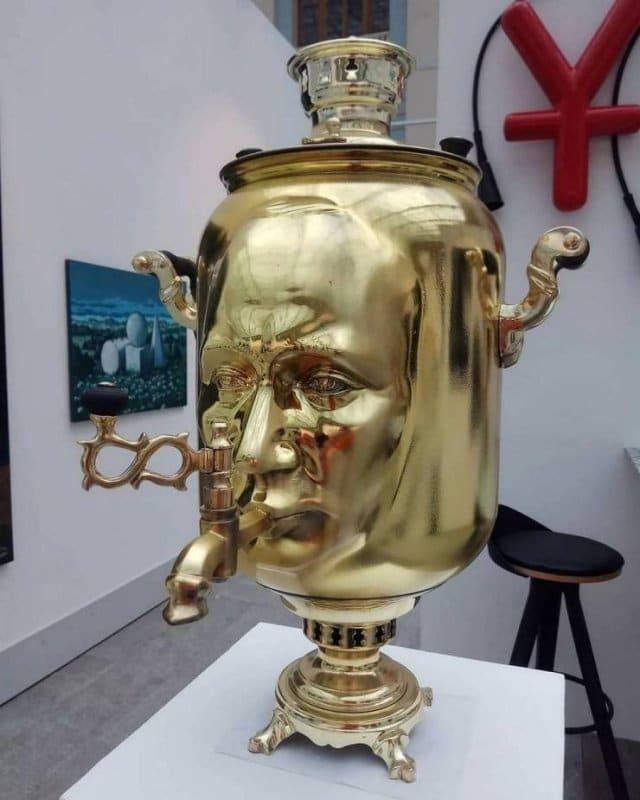 самовар с лицом Путина