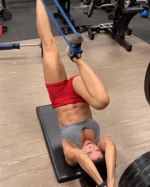 Гифки ❘ Спортивные девушки для поднятия духа ❘ 20 gif-фото Приколы,ekabu,ru,вода,гифки,девушка,спорт