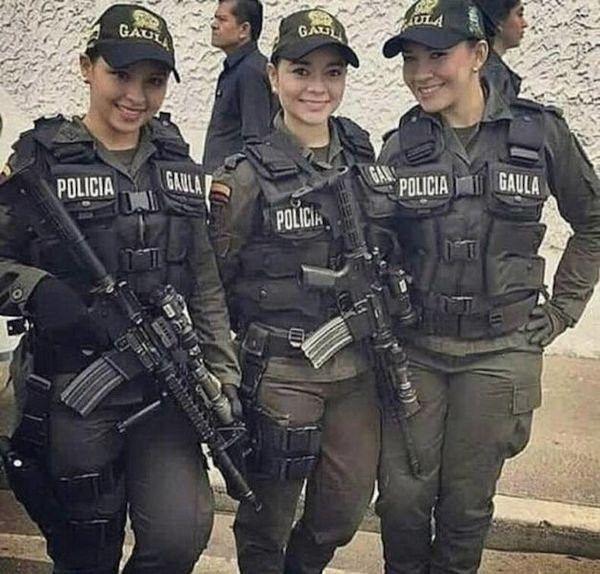 1587125192_policejskie-budni-7.jpg