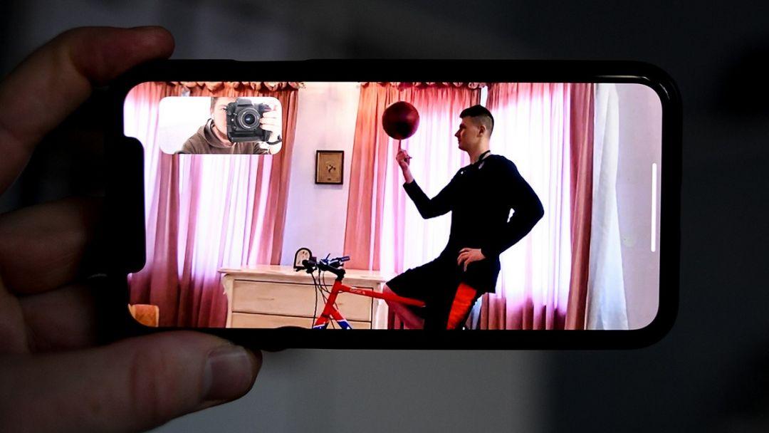 karantine-sportsmeny-stenah-krasivye-fotografii-neobychnye-fotografii