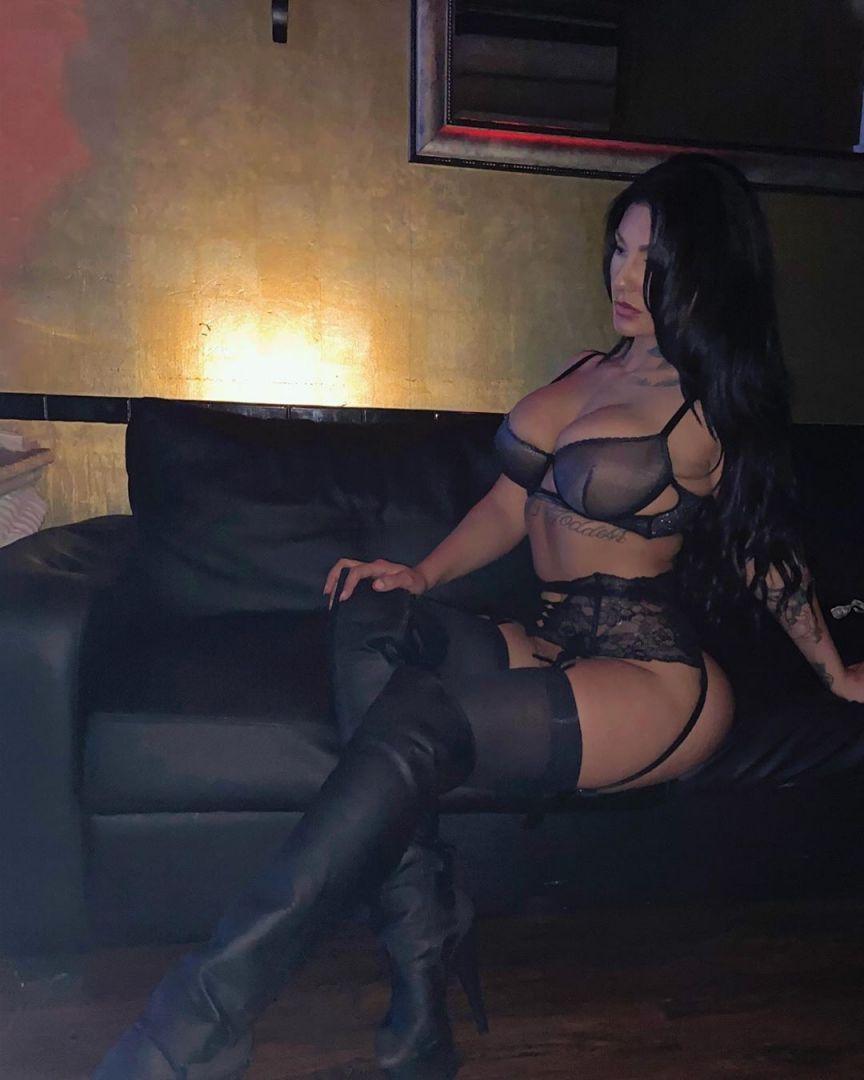 striptizersh-grimerok-selfi-krasivye-fotografii-neobychnye-fotografii
