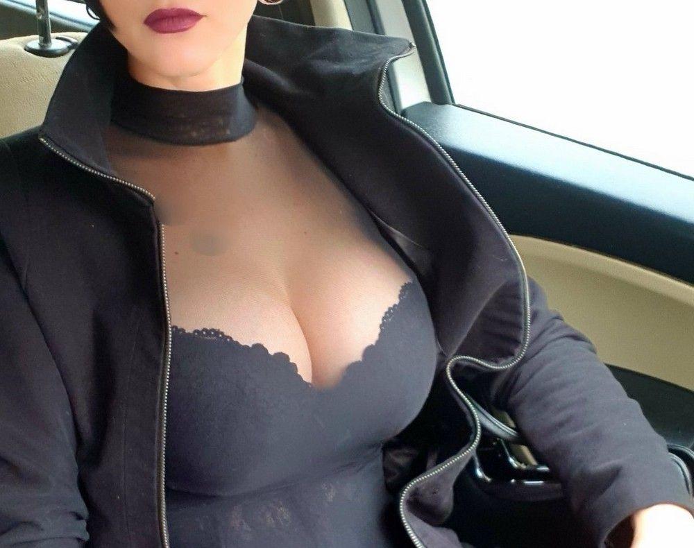 avtomobilyah-devushki-seksualnye-krasivye-fotografii-neobychnye-fotografii