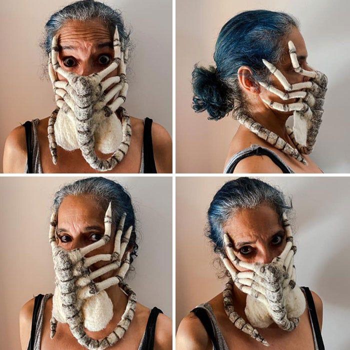 женщина в маске в виде чужого