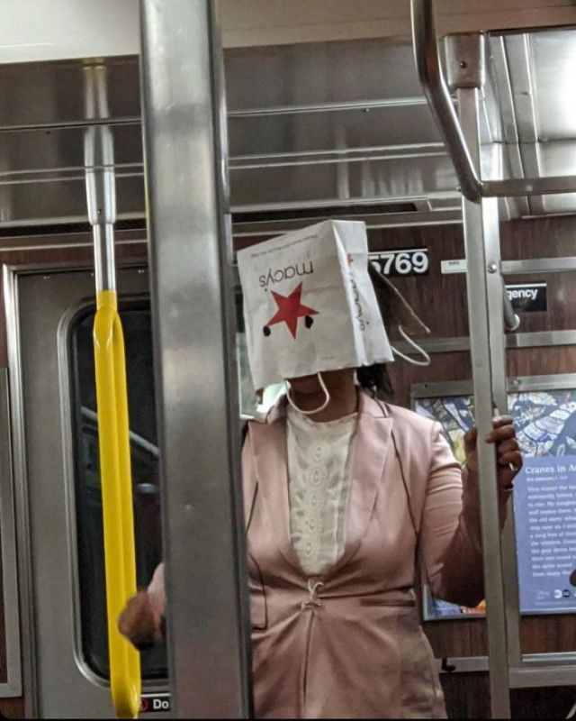 Ржачные маски пассажиров метро Приколы,myprikol,com,метро