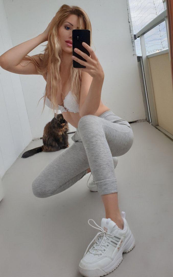 devushek-seksualnyh-selfi-krasivye-fotografii-neobychnye-fotografii