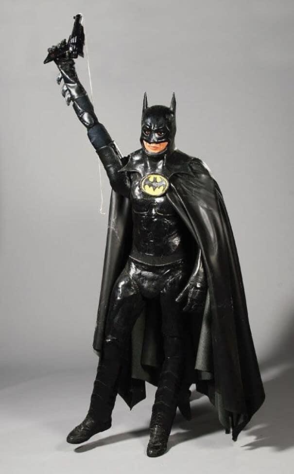 восковая фигура бэтмена