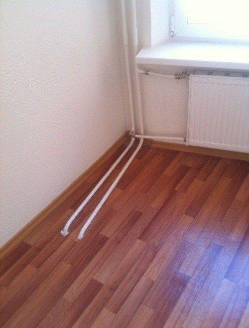 трубы в полу
