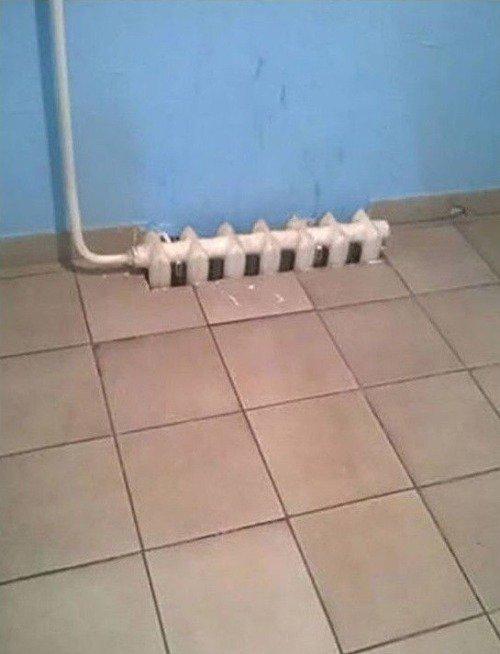 батарея в полу